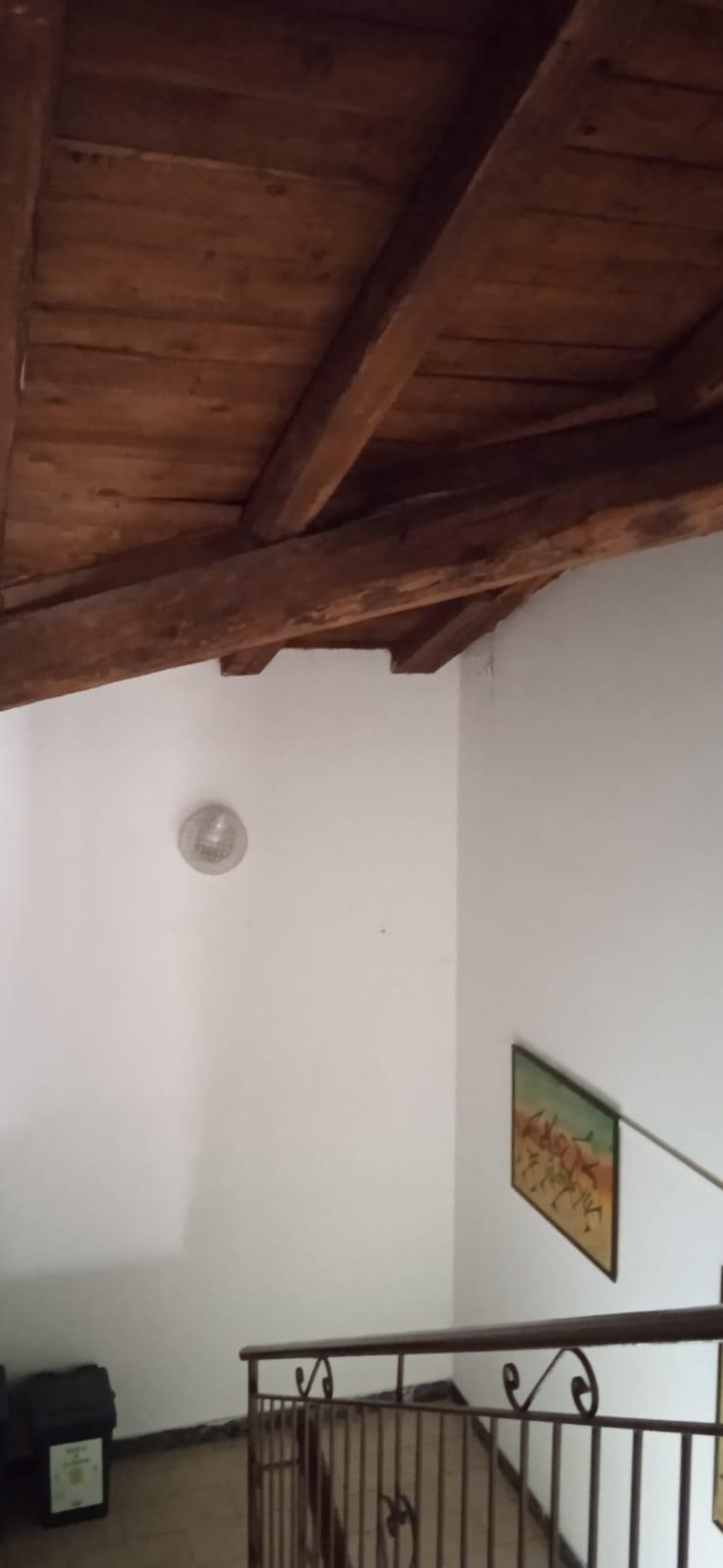 Appartamento in vendita a Passirano, 8 locali, prezzo € 335.000 | CambioCasa.it
