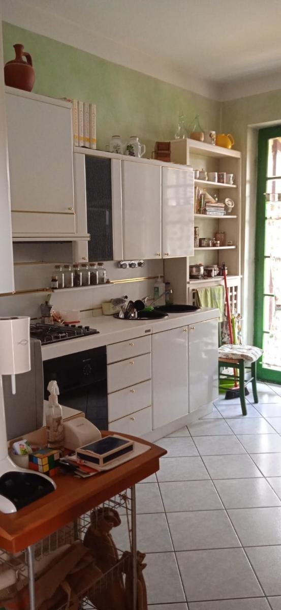 Appartamento in vendita a Passirano, 8 locali, prezzo € 335.000 | PortaleAgenzieImmobiliari.it