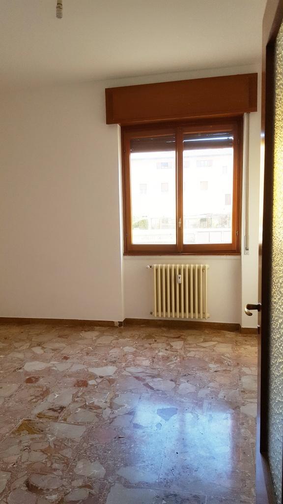 Appartamento MALGRATE LOCG9