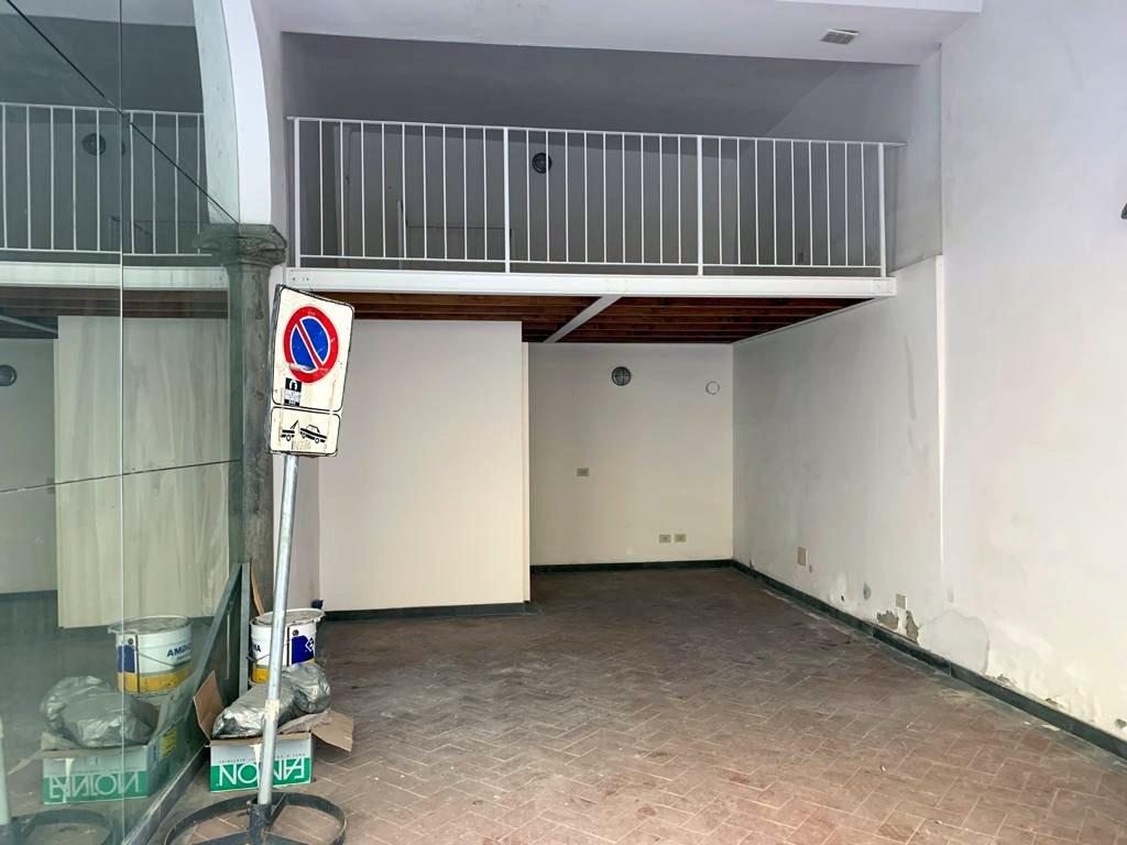 Box / Garage in vendita a Firenze, 1 locali, prezzo € 170.000   CambioCasa.it