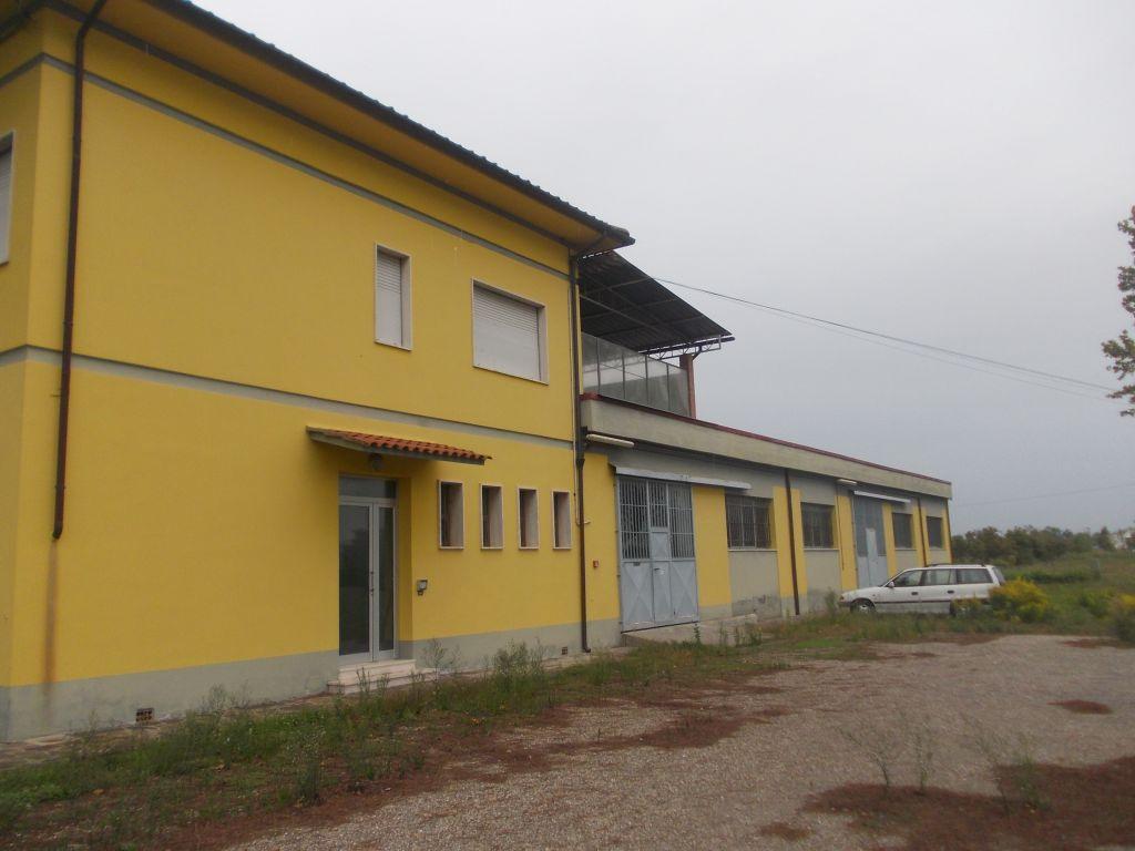 Capannone in vendita a Cerreto Guidi, 9999 locali, zona Zona: Pieve a Ripoli, prezzo € 900.000 | Cambio Casa.it