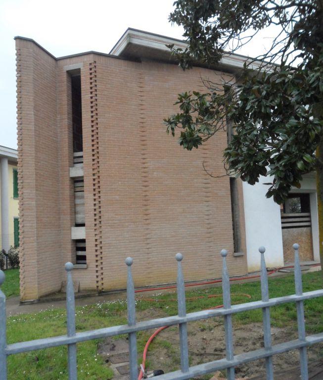 Villa in vendita a Santa Croce sull'Arno, 5 locali, Trattative riservate | CambioCasa.it