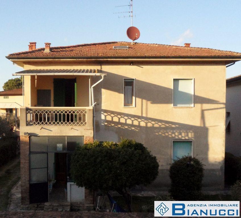 Soluzione Indipendente in vendita a San Miniato, 11 locali, zona Località: S. MINIATO BASSO, prezzo € 350.000 | Cambio Casa.it