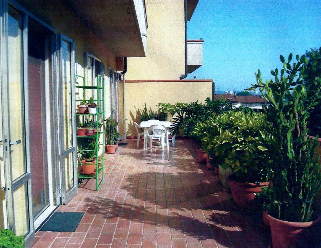 Appartamento in vendita a Montopoli in Val d'Arno, 5 locali, zona Zona: San Romano, prezzo € 130.000 | Cambio Casa.it
