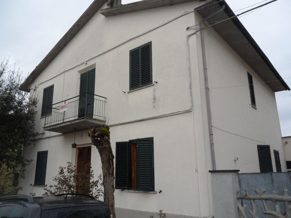 Soluzione Indipendente in vendita a San Miniato, 10 locali, zona Località: GENERICA, prezzo € 320.000 | Cambio Casa.it