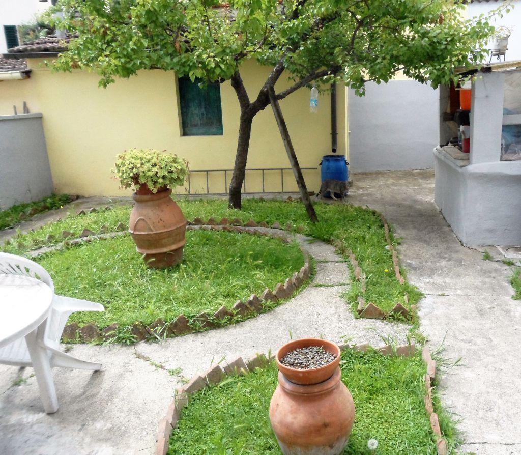 Soluzione Indipendente in vendita a Empoli, 6 locali, zona Località: GENERICA, prezzo € 270.000 | Cambio Casa.it