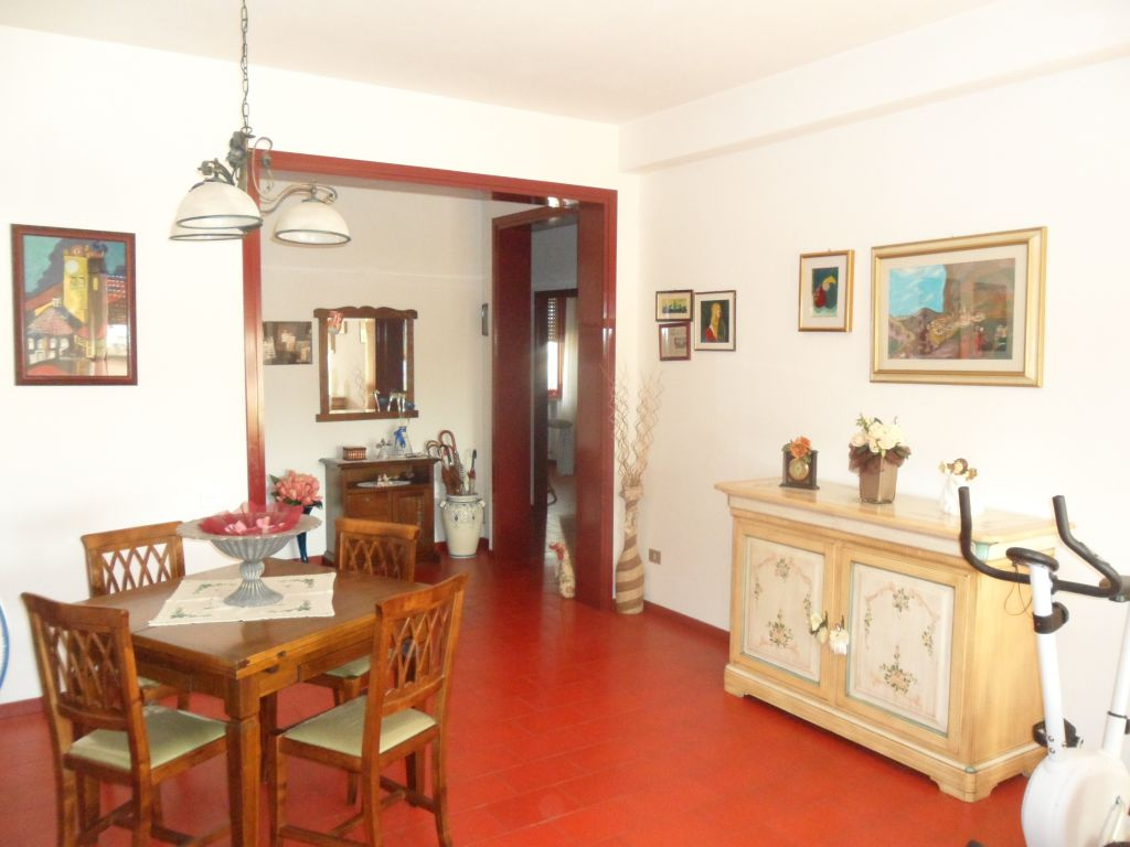 Appartamento in vendita a San Miniato, 5 locali, zona Località: S. MINIATO BASSO, prezzo € 170.000 | Cambio Casa.it