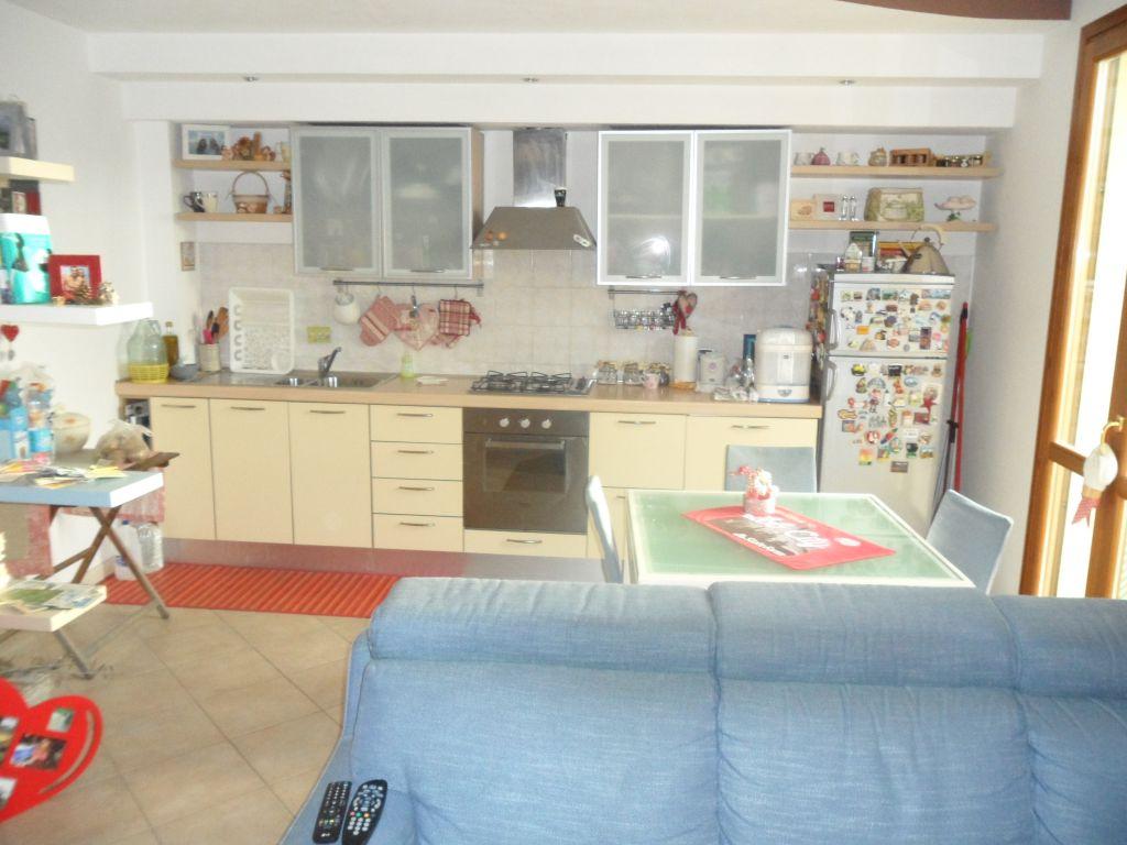 Appartamento in vendita a Fucecchio, 3 locali, prezzo € 139.000 | Cambio Casa.it