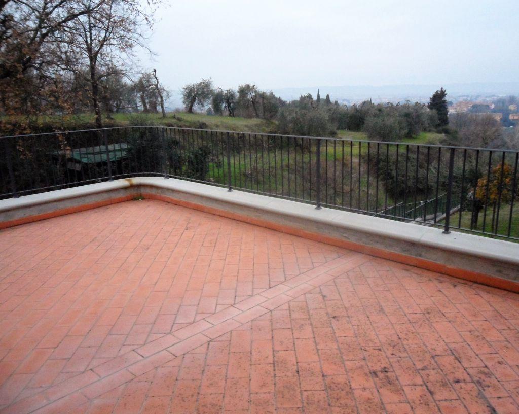 Soluzione Indipendente in vendita a Montopoli in Val d'Arno, 5 locali, prezzo € 330.000 | Cambio Casa.it