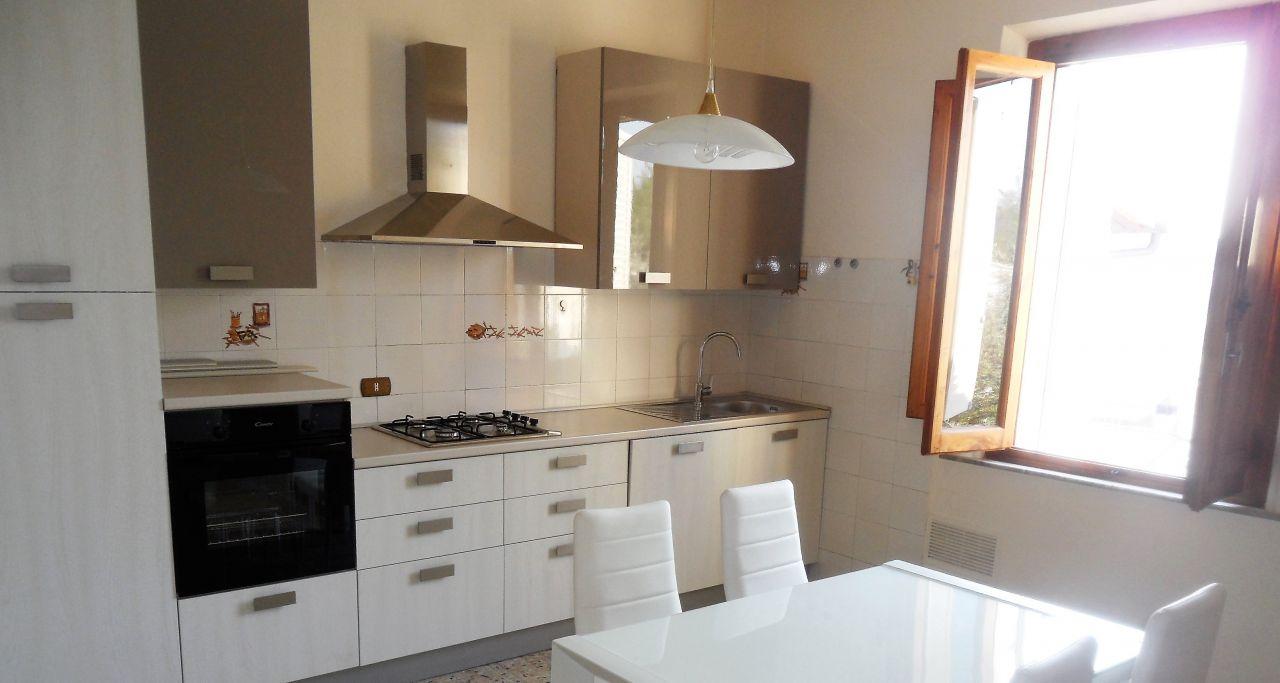 Appartamento in affitto a San Miniato, 2 locali, zona Località: PONTE A EGOLA, prezzo € 450 | Cambio Casa.it