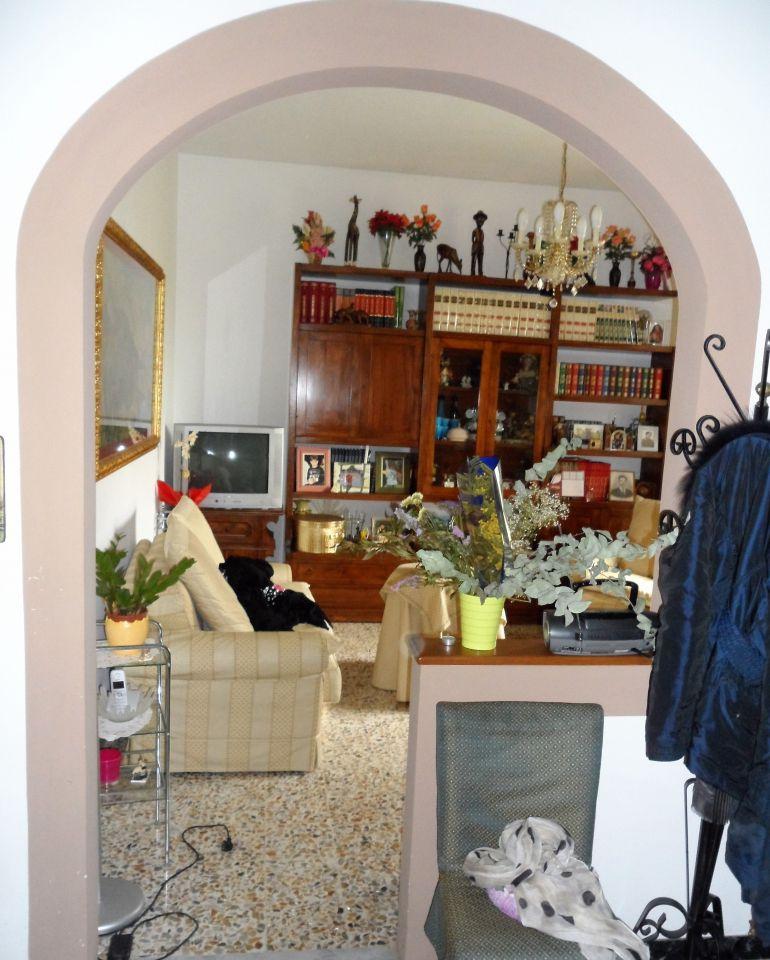 Soluzione Indipendente in vendita a San Miniato, 5 locali, prezzo € 250.000   CambioCasa.it