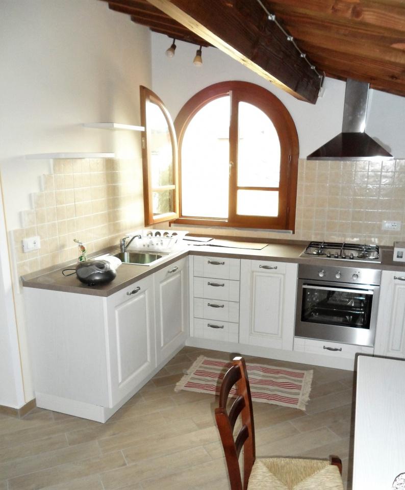 Attico / Mansarda in affitto a San Miniato, 2 locali, prezzo € 500 | CambioCasa.it
