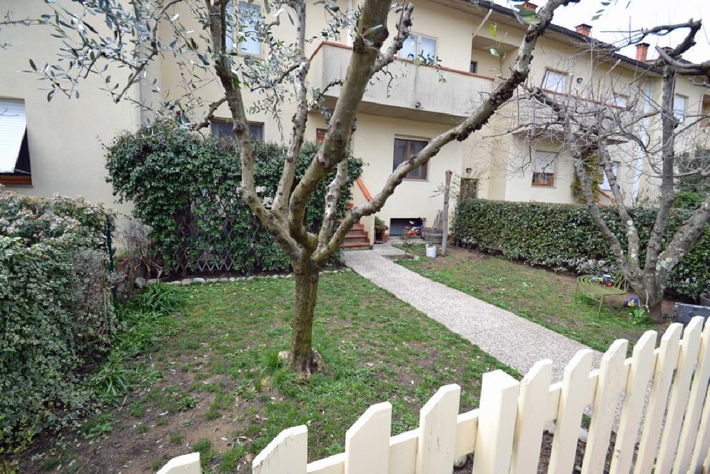 Appartamento in ottime condizioni in vendita Rif. 4791327
