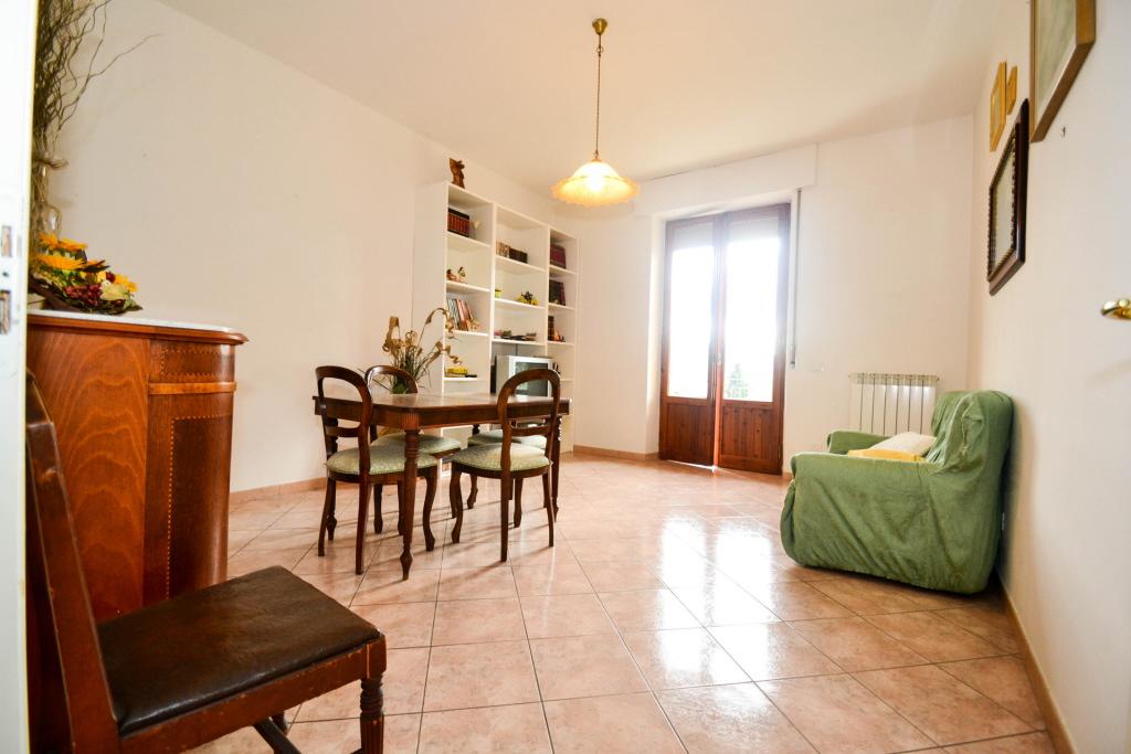 Appartamento in ottime condizioni arredato in vendita Rif. 4791284