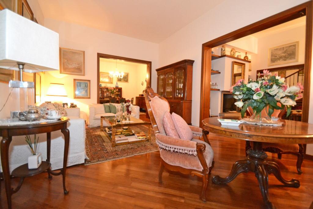 Villa in ottime condizioni arredato in vendita Rif. 9323002