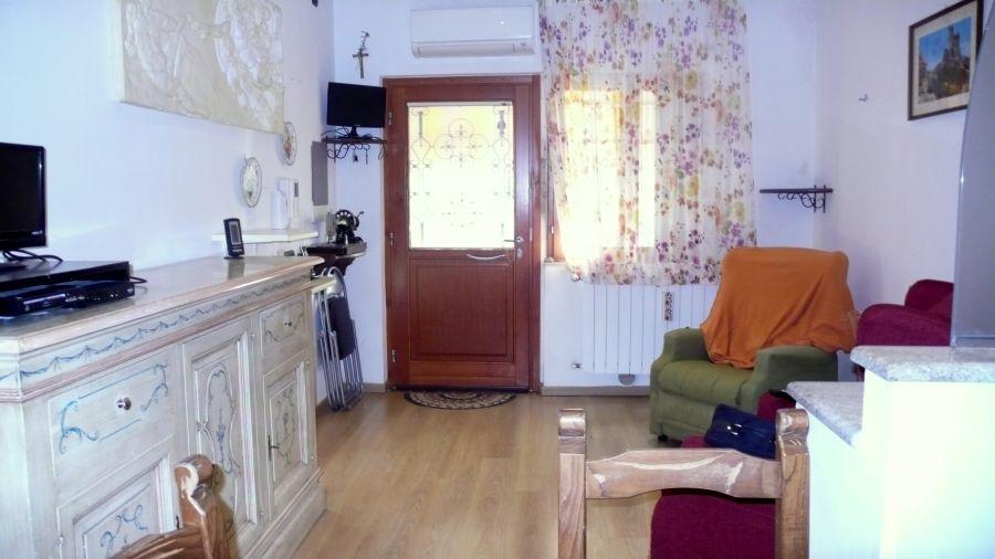 Appartamento MONTEVARCHI 831