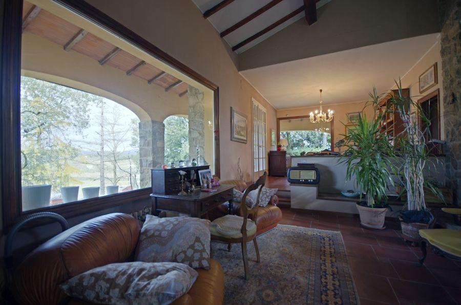 Villa in buone condizioni in vendita Rif. 9340860