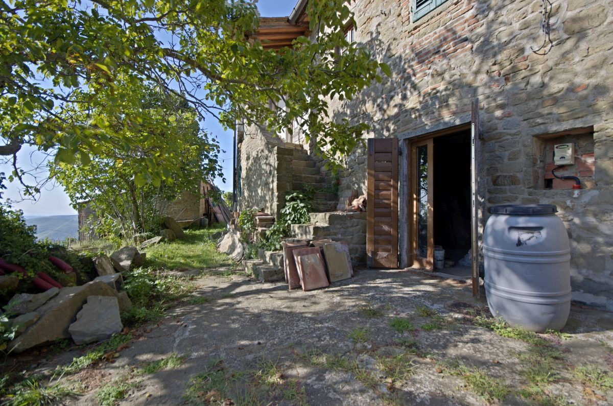 Casa Indipendente in discrete condizioni in vendita Rif. 11172801