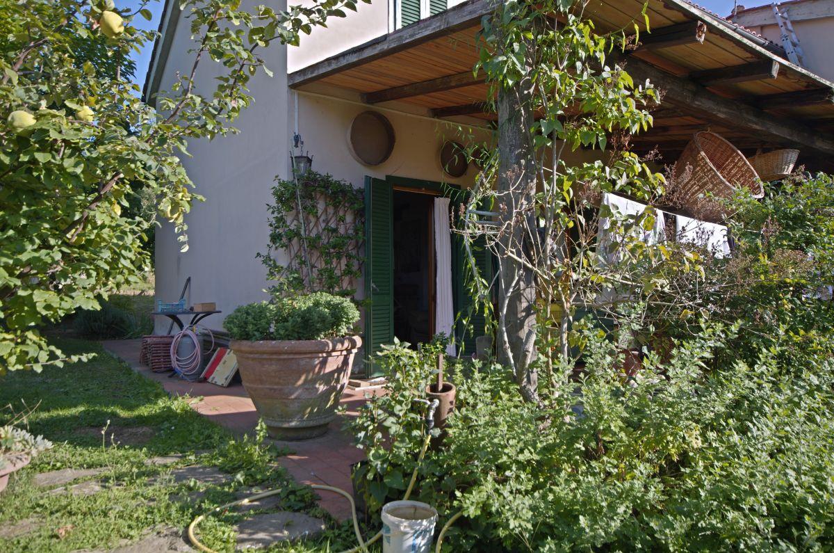 Casa Indipendente in buone condizioni in vendita Rif. 11172802