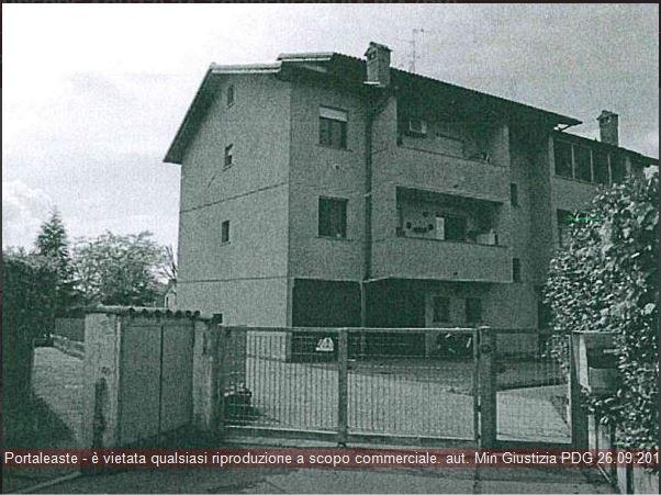 Appartamento trilocale in vendita a Torrevecchia Pia (PV)