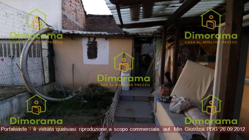 Casa indipendente 6 locali in vendita a Mede (PV)