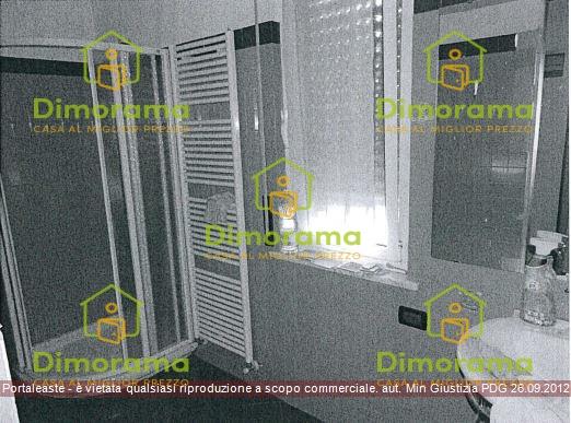 Appartamento in vendita a Voghera, 3 locali, prezzo € 55.500   CambioCasa.it