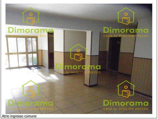 Appartamento in vendita a Voghera, 3 locali, prezzo € 24.089   CambioCasa.it