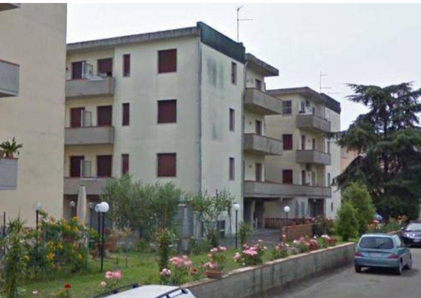 Appartamento in vendita Rif. 9883730