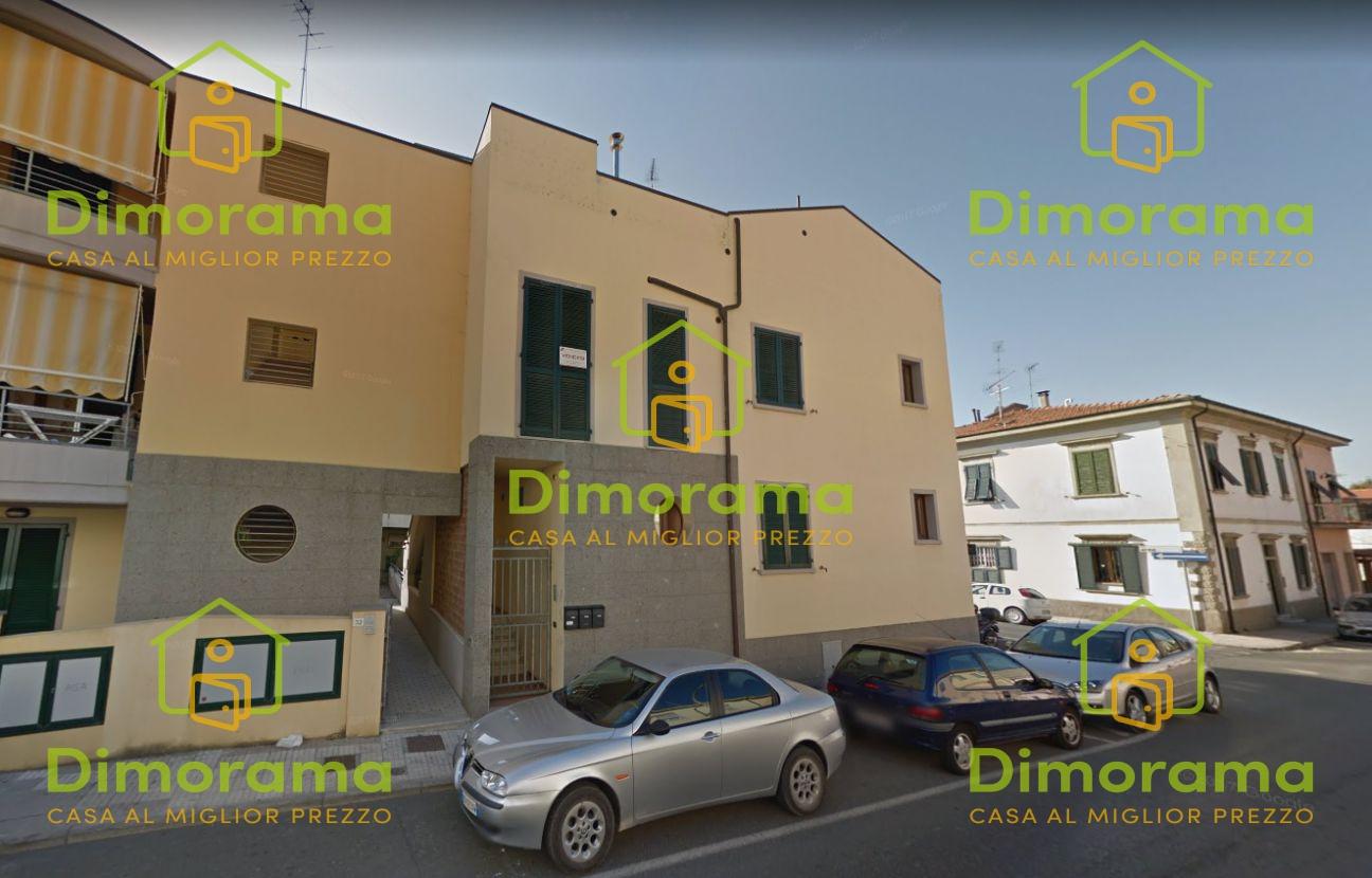 Appartamento CECINA LI1222498