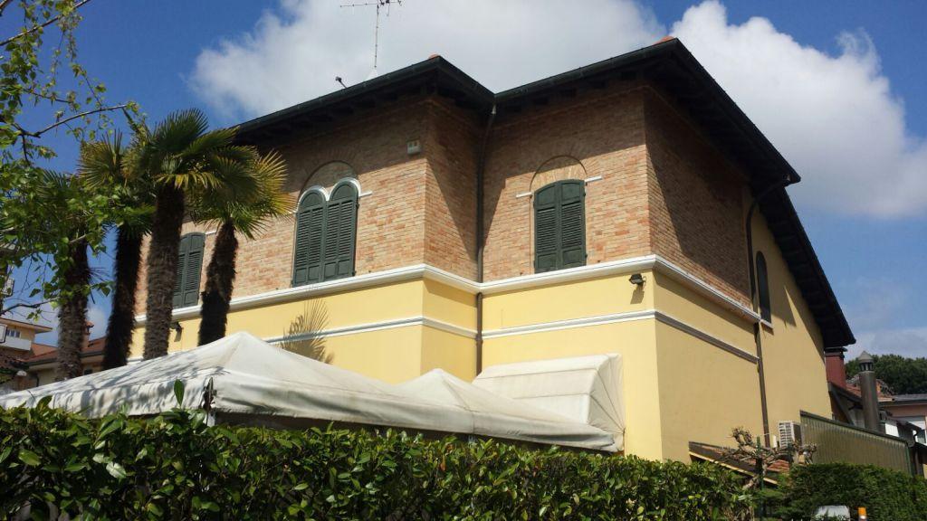 Villa in vendita a Cervia - Milano Marittima, 7 locali, Trattative riservate   CambioCasa.it