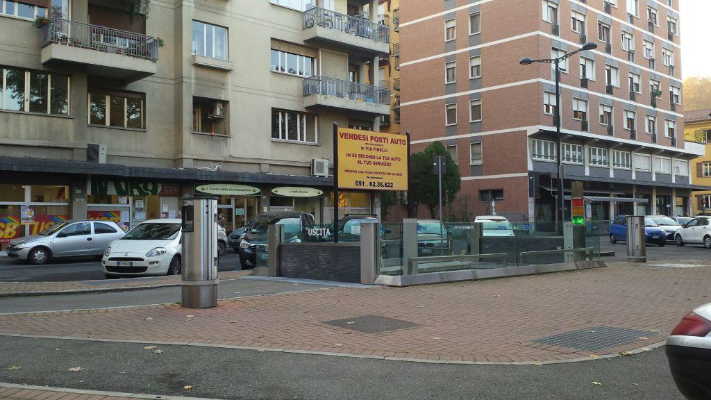 Box / Garage in vendita a Bologna, 1 locali, zona Località: CENTRO STORICO, prezzo € 20.000 | Cambio Casa.it