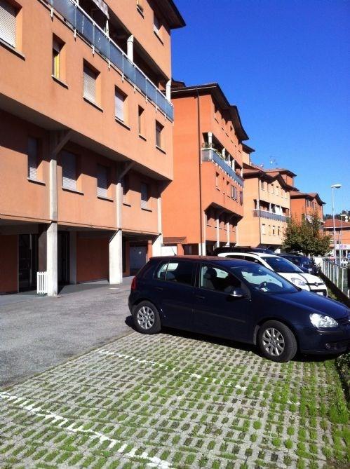 Appartamento in vendita a Monte San Pietro, 3 locali, prezzo € 105.000 | Cambio Casa.it