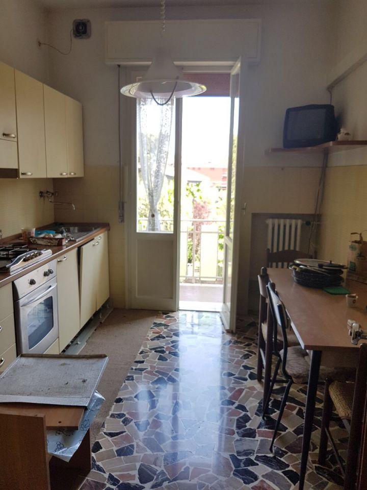 Appartamento in affitto a Budrio, 4 locali, zona Località: Budrio, prezzo € 550 | Cambio Casa.it