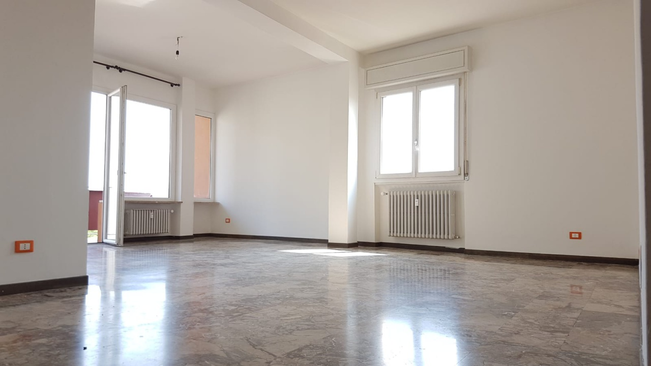Appartamento in vendita a Bologna, 6 locali, prezzo € 450.000 | CambioCasa.it