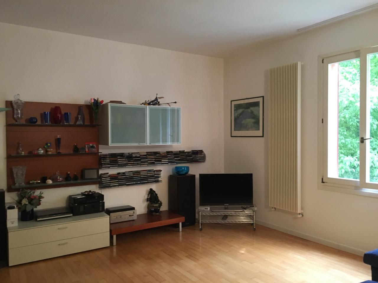 Appartamento in vendita a Bologna, 4 locali, prezzo € 435.000 | CambioCasa.it