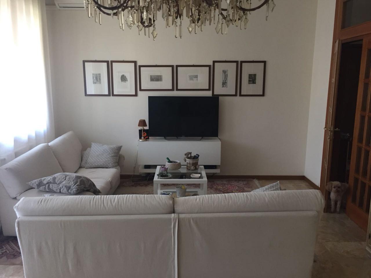 Appartamento in vendita a Bologna, 6 locali, prezzo € 650.000 | CambioCasa.it