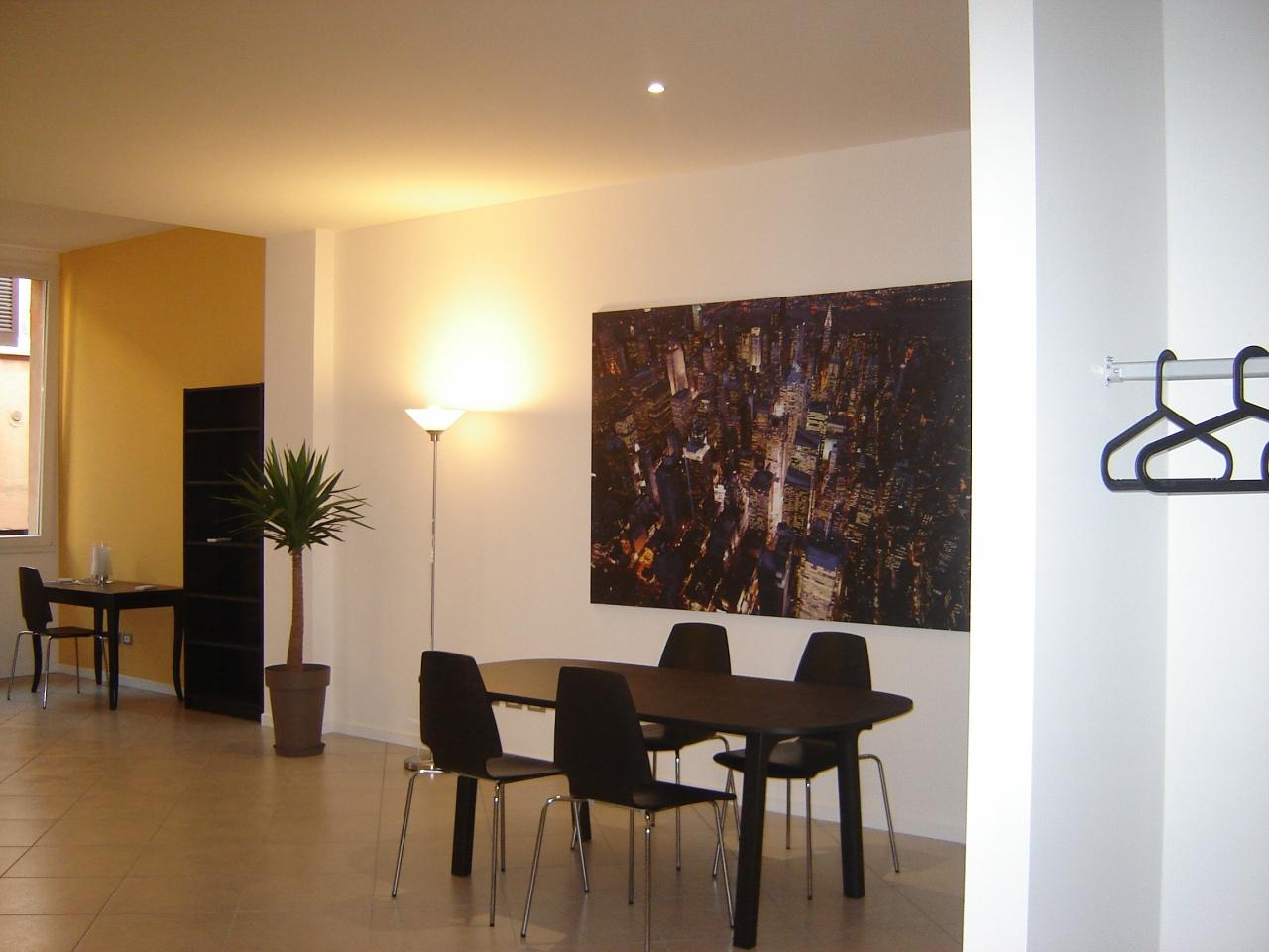 Appartamento in affitto a Bologna, 2 locali, prezzo € 1.000 | CambioCasa.it