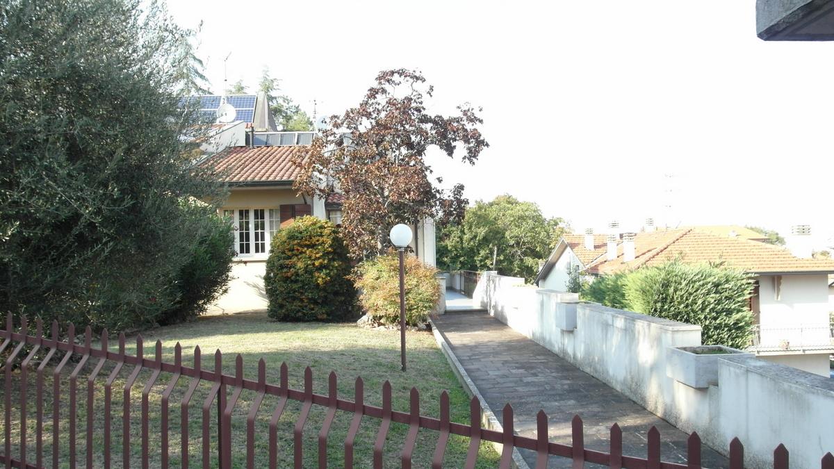 Soluzione Semindipendente in vendita a Castrocaro Terme e Terra del Sole, 8 locali, prezzo € 385.000 | CambioCasa.it