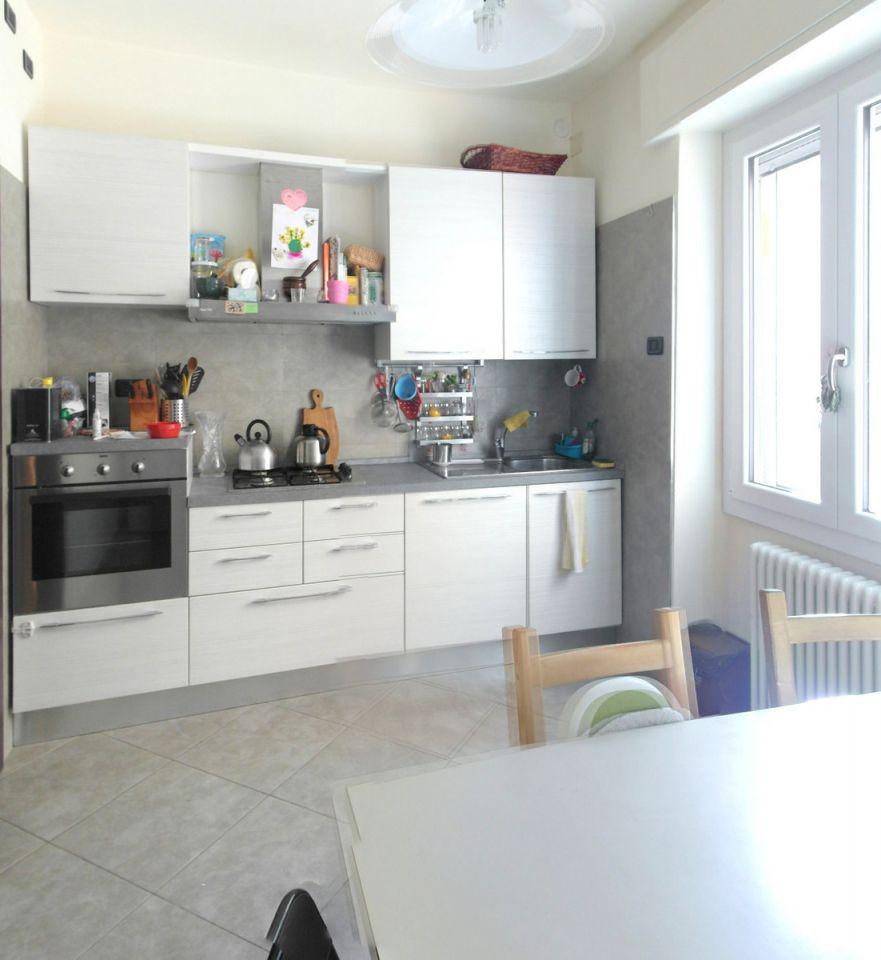 Appartamento in vendita a Castrocaro Terme e Terra del Sole, 4 locali, prezzo € 139.000 | CambioCasa.it
