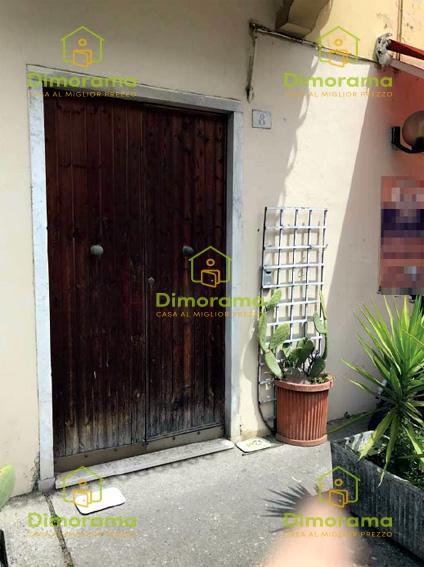 Appartamento da ristrutturare in vendita Rif. 11130723