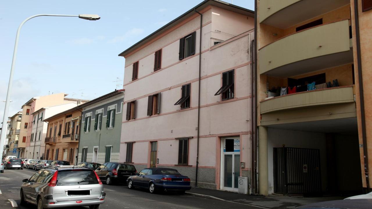 Appartamento in buone condizioni arredato in affitto Rif. 8905179
