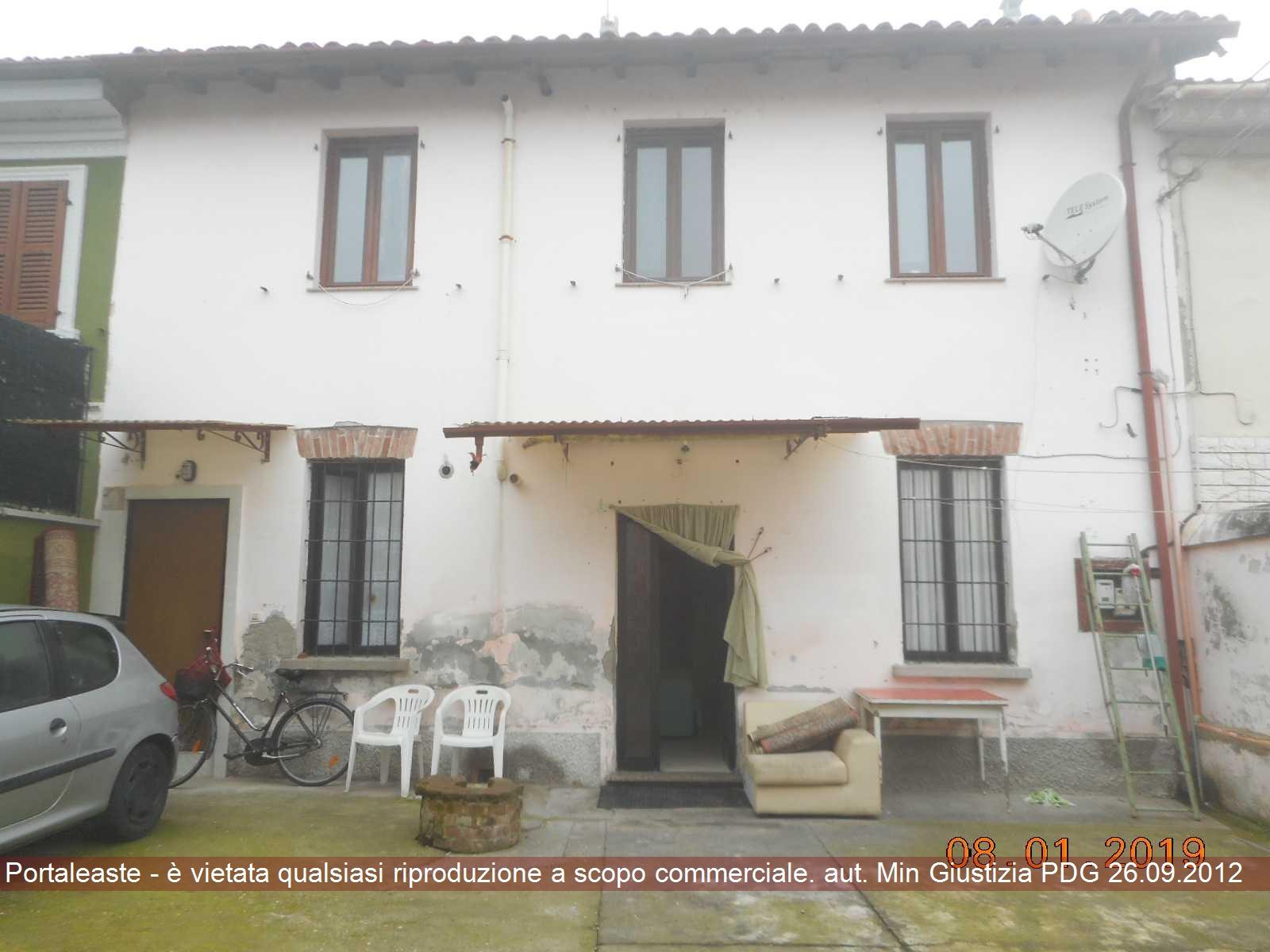 Appartamento quadrilocale in vendita a Corte de' Cortesi con Cignone (CR)