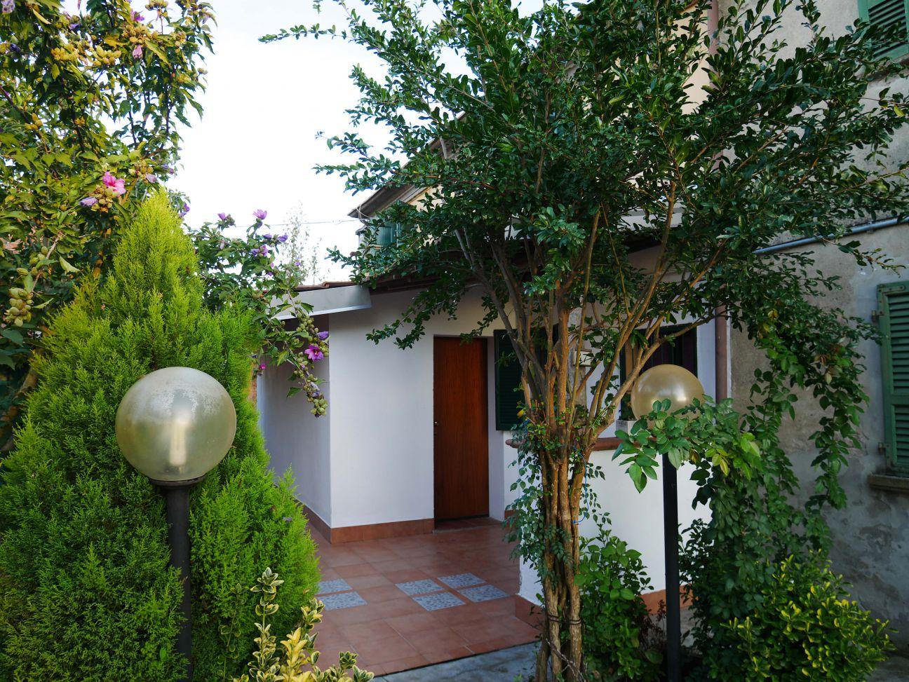Casa indipendente quadrilocale in vendita a Rottofreno (PC)
