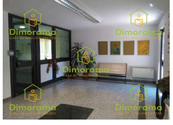 Ufficio trilocale in vendita a Capergnanica (CR)