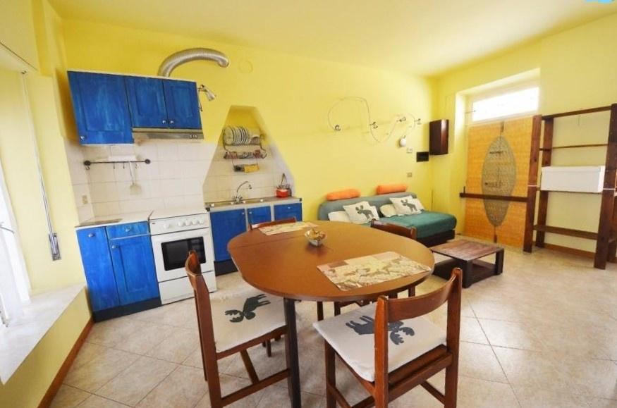 Appartamento in ottime condizioni arredato in affitto Rif. 9251510
