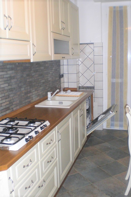 Appartamento in Affitto a Cologno Monzese
