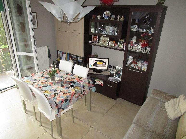 Appartamento in vendita a Cernusco sul Naviglio, 3 locali, prezzo € 189.000 | CambioCasa.it