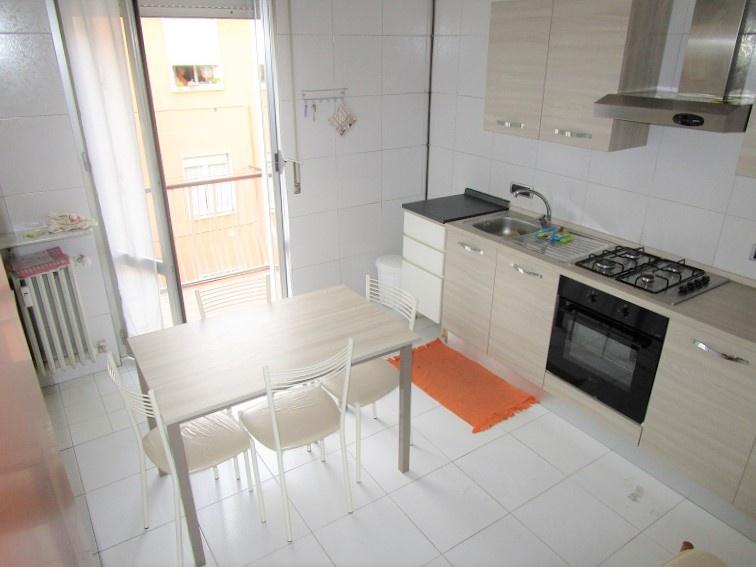 Appartamento in affitto a Vimodrone, 4 locali, prezzo € 850 | CambioCasa.it