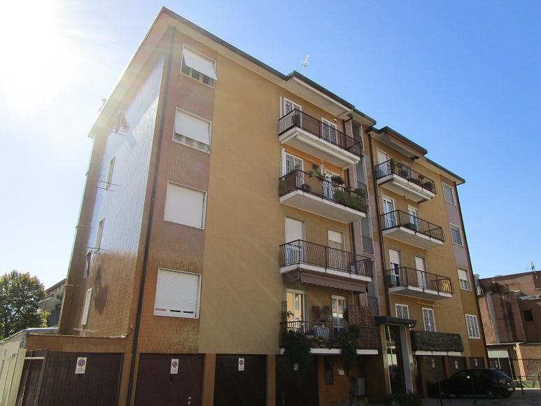 Appartamento ristrutturato in affitto Rif. 11085051