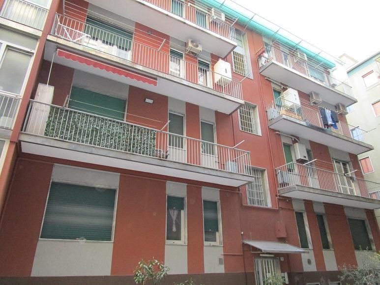 Appartamento da ristrutturare in affitto Rif. 10490411